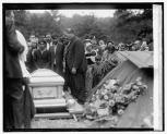 Gypsy funeral, 6